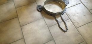 Řetěz + kov = Korunka pro krále  a královnu Pražského majálesu